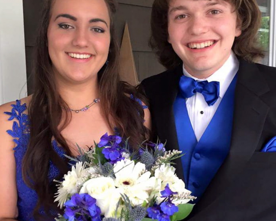 Prom corsages, hand helds and boutonnieres